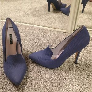 Blue ShoeMint Closed Toe Heels